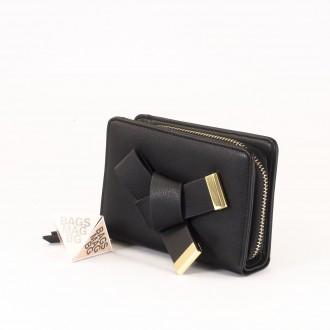 КОД : 277 Дамски портфейл от плътна и висококачествена еко кожа в черен цвят