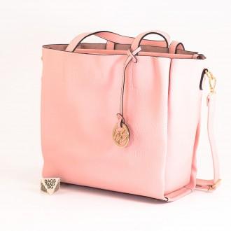 КОД: 391 Дамска чанта от плътна и висококачествена еко кожа в розов цвят