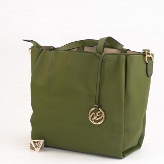 КОД: 391 Дамска чанта от плътна и висококачествена еко кожа в зелен цвят