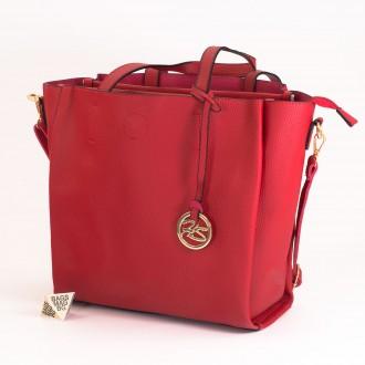 КОД: 391 Дамска чанта от плътна и висококачествена еко кожа в червен цвят
