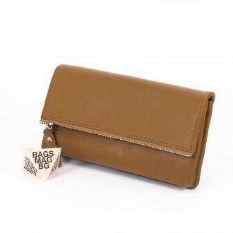 КОД : 3961 Дамски портфейл от плътна и висококачествена еко кожа в маслинено зелен цвят