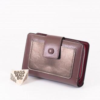 КОД : 39B Дамски портфейл от плътна и висококачествена еко кожа в лилав цвят