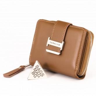 КОД : 580 Дамски портфейл от плътна и висококачествена еко кожа в кафяв цвят