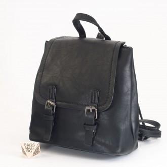 КОД: 6333 Мини дамска раница от плътна и висококачествена еко кожа в черен цвят