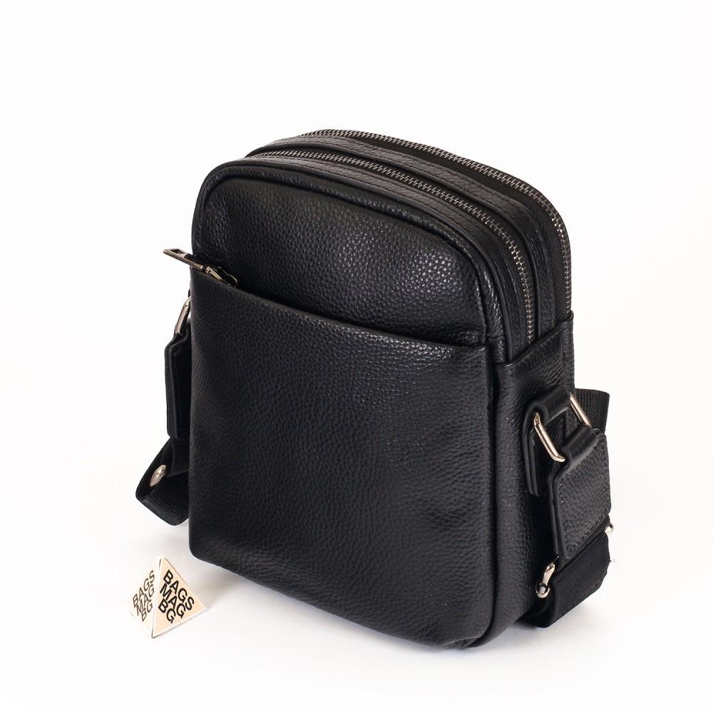 КОД : 66000 Мъжка чанта от естествена кожа в черен цвят