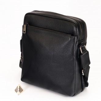 КОД : 66309 Мъжка чанта от естествена кожа в черен цвят