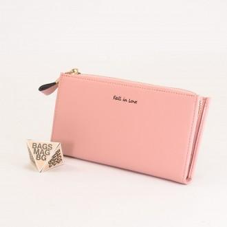 КОД : 7095 Дамски портфейл от плътна и висококачествена еко кожа в розов цвят