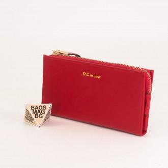 КОД : 7095 Дамски портфейл от плътна и висококачествена еко кожа в червен цвят