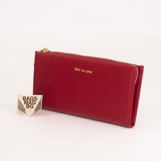 КОД : 7095 Дамски портфейл от плътна и висококачествена еко кожа в цвят бордо