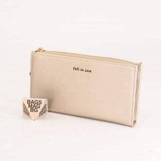 КОД : 7095 Дамски портфейл от плътна и висококачествена еко кожа в цвят злато