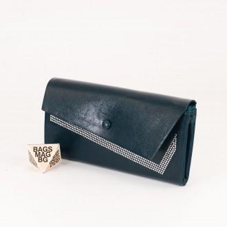КОД : 74118 Дамски портфейл от плътна и висококачествена еко кожа в син цвят
