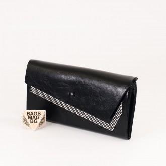 КОД : 74118 Дамски портфейл от плътна и висококачествена еко кожа в черен цвят