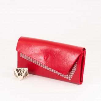 КОД : 74118 Дамски портфейл от плътна и висококачествена еко кожа в червен цвят