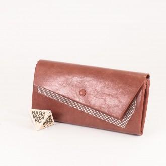 КОД : 74118 Дамски портфейл от плътна и висококачествена еко кожа в розов цвят