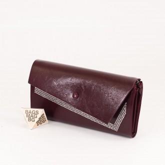КОД : 74118 Дамски портфейл от плътна и висококачествена еко кожа в цвят бордо
