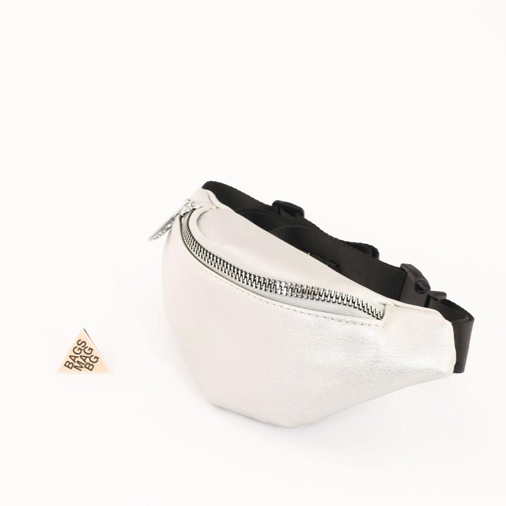 КОД : 80120 Дамска паласка от еко кожа в сребърен цвят