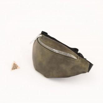 КОД : 80120 Дамска паласка от еко кожа в маслено зелен цвят