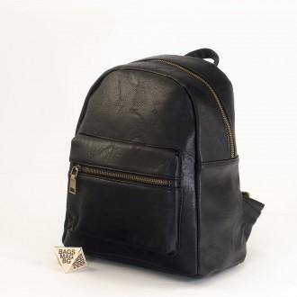 КОД: 8083 Дамска раница от плътна и висококачествена еко кожа в черен цвят