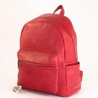 КОД: 8085 Дамска раница от плътна и висококачествена еко кожа в червен цвят