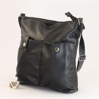 КОД: 91577 Дамска чанта от плътна и висококачествена еко кожа в черен цвят