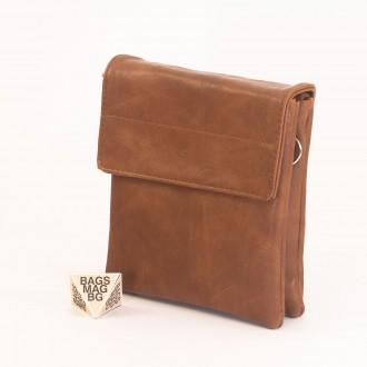 КОД: A19 Мъжка чанта от плътна и висококачествена еко кожа в кафяв цвят