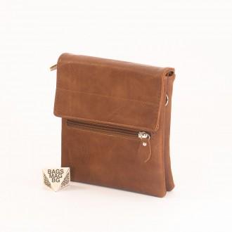 КОД: A26 Мъжка чанта от плътна и висококачествена еко кожа в кафяв цвят