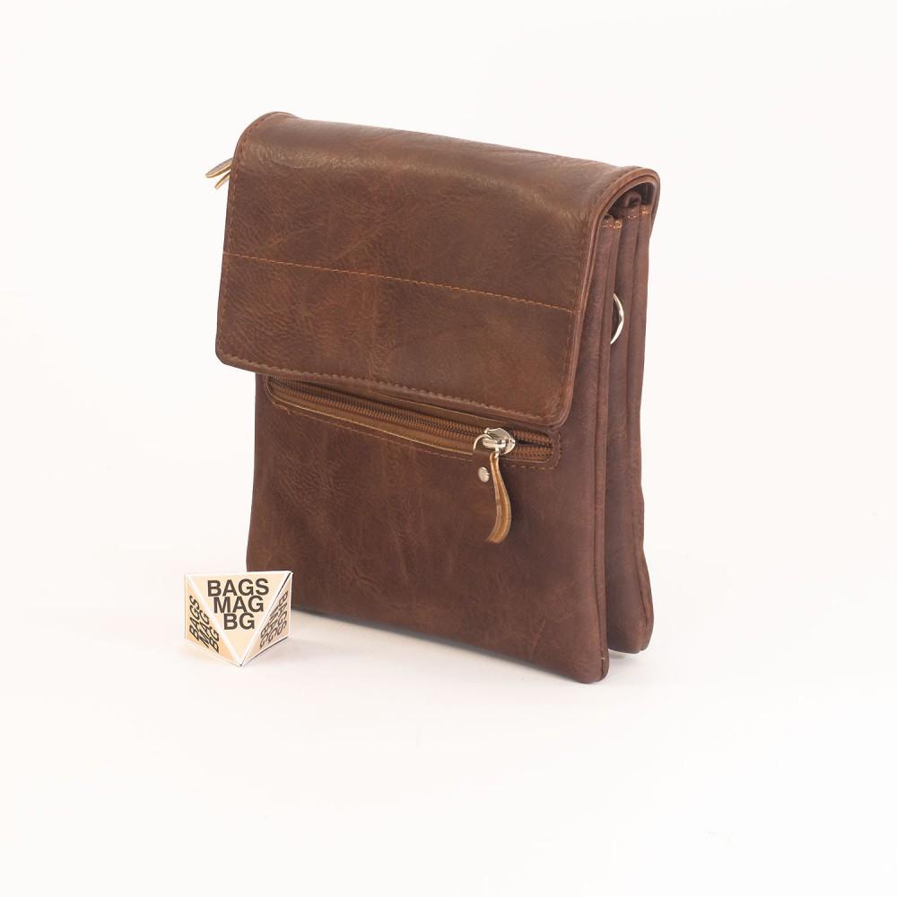 КОД: A26 Мъжка чанта от плътна и висококачествена еко кожа в цвят кафе