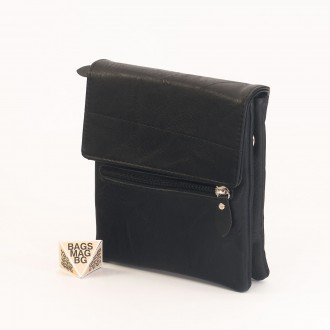 КОД: A26 Мъжка чанта от плътна и висококачествена еко кожа в черен цвят