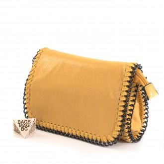 КОД: D617 Малка дамска чанта от еко велур в жълт цвят