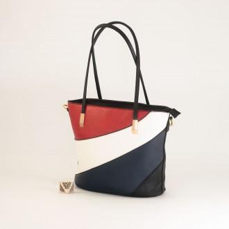 КОД: F1073 Дамска чанта от плътна и висококачествена еко кожа в черен цвят