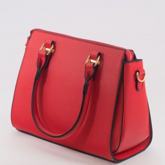 КОД : H8008 Дамска чанта от висококачествена еко кожа в червен цвят
