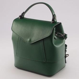 КОД : 0077 Дамска раница от естествена кожа в зелен цвят