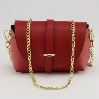 КОД : 0007 Малка дамска чанта от естествена кожа в червен цвят