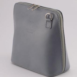 КОД : 0018 Малка дамска чанта от естествена кожа в сив цвят