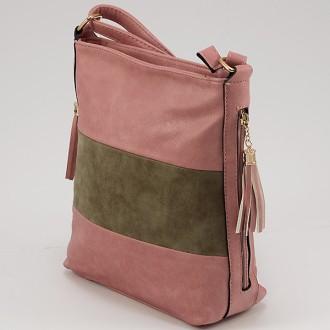 КОД: 8285  Дамска чанта от плътна и висококачествена еко кожа в розов цвят