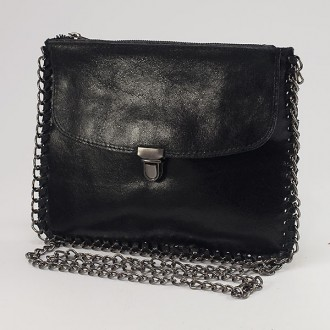 КОД : 0073 Малка дамска чанта от естествена кожа в черен цвят