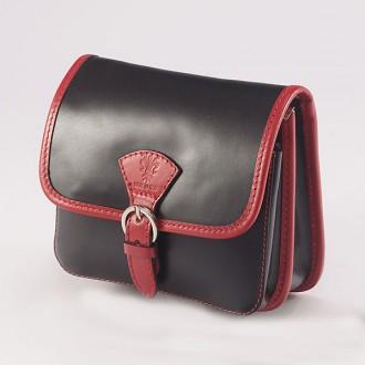 КОД : 0016 Малка дамска чанта от естествена кожа в цвят черно с червено