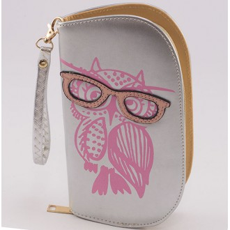 КОД : 0170 Дамски портфейл от плътна и висококачествена еко кожа в сребърен цвят
