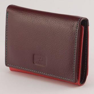 КОД: 413 Дамски портфейл от естествена кожа в цвят тъмночервено/червено