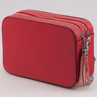 КОД: 1011 Малка дамска чанта от плътна и висококачествена еко кожа в червен цвят