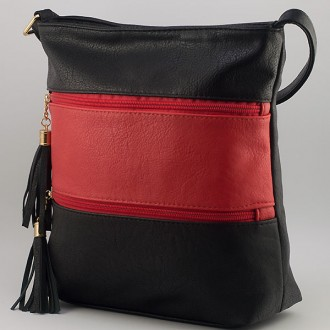КОД: 8304 Дамска чанта от плътна и висококачествена еко кожа в черен/червен цвят