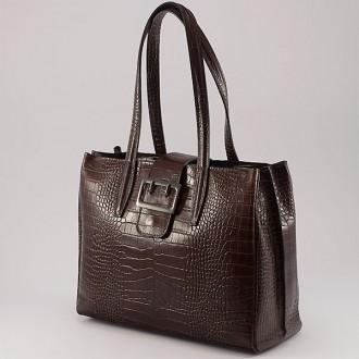 КОД: 0125 Дамска чанта от естествена кожа с крокодилска щампа в тъмнокафяв цвят