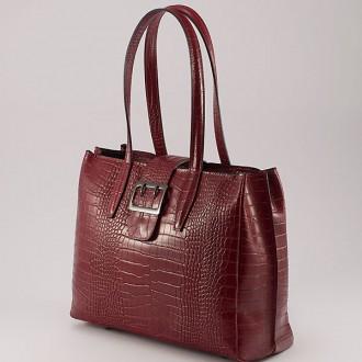 КОД: 0125 Дамска чанта от естествена кожа с крокодилска щампа в червен цвят