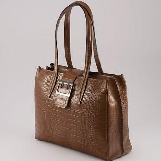 КОД: 0125 Дамска чанта от естествена кожа с крокодилска щампа в кафяв цвят