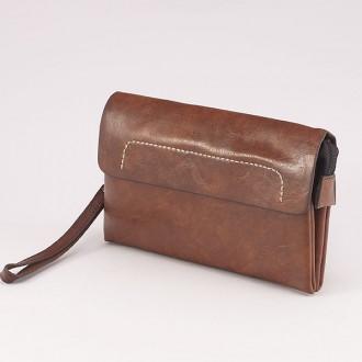 КОД : 0810 Мъжка чанта от плътна и висококачествена еко кожа в светло кафяв цвят