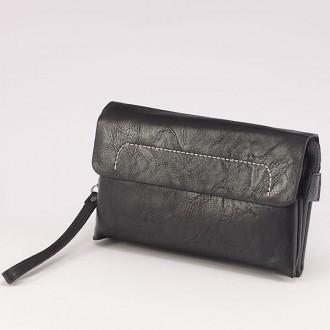 КОД : 0810 Мъжка чанта от плътна и висококачествена еко кожа в черен цвят