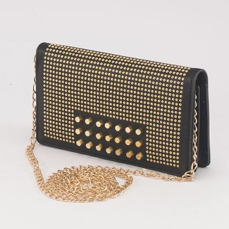 КОД : F902 Дамски портфейл/чанта от плътна и висококачествена еко кожа в черен цвят