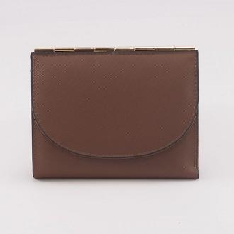 КОД : A122 Дамски портфейл от плътна и висококачествена еко кожа в кафяв цвят
