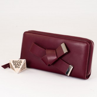 КОД : T188 Дамски портфейл от плътна и висококачествена еко кожа в цвят бордо