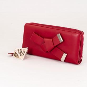 КОД : T188 Дамски портфейл от плътна и висококачествена еко кожа в червен цвят